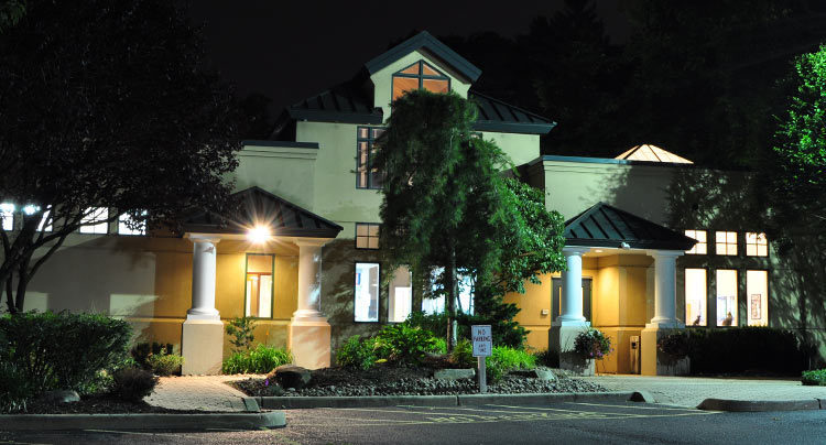 West Hills Animal Hospital and Emergency Center